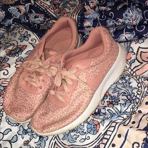 Women's leopard Nike shoes